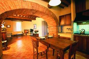 Tuscany Farmhouse Twin Bedroom Self Cateing Kitchen