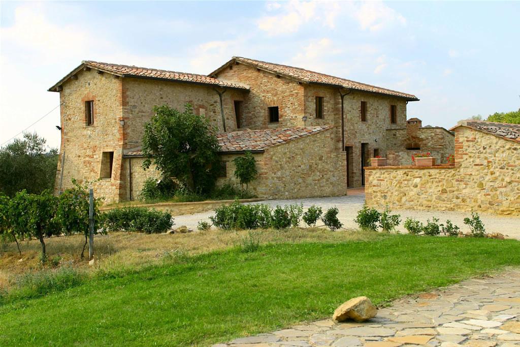 Agriturismo nei casali toscani nel chianti in provincia di siena con piscina - Casale in toscana ...